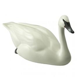 Trumpeter Swan Figurine by John Beswick JDBD1